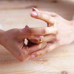 woman ring divorce